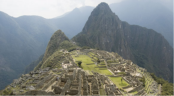 A cidade Inca de Machu Picchu, Peru